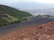pohled z vulkánu na oceán