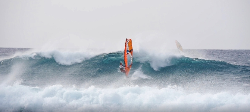 """Vánoční a""""zimní"""" wavewindsurfing"""